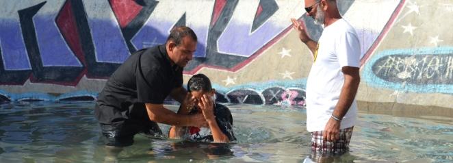 No ultimo dia tivemos os batismo nas águas onde tivemos 11 pessoas que se renunciaram e anunciaram ao mundo que é por Cristo que ela vive.